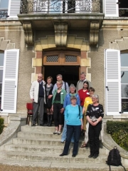 Naivisterne foran rådhuset
